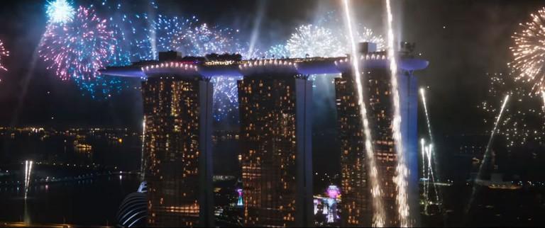 singapore-crazy-rich-asians-trailer-marina-bay-sands-fireworks